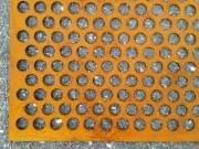 Děrovaný plech z CORTENU Rv 20-27, formát 1,5 x 1500 x 2000 mm