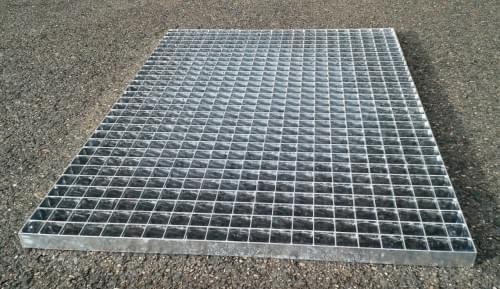 Podlahový rošt - ocel / 33.00 x 33.00 / 30.00 x 2.00 / 800.0 x 1000.0